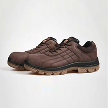 棕色头层牛巴+钢头钢底+PU/牛津橡胶底防砸防刺穿耐高温安全鞋